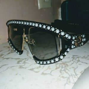 Gucci Actate Sunglasses with Pearl